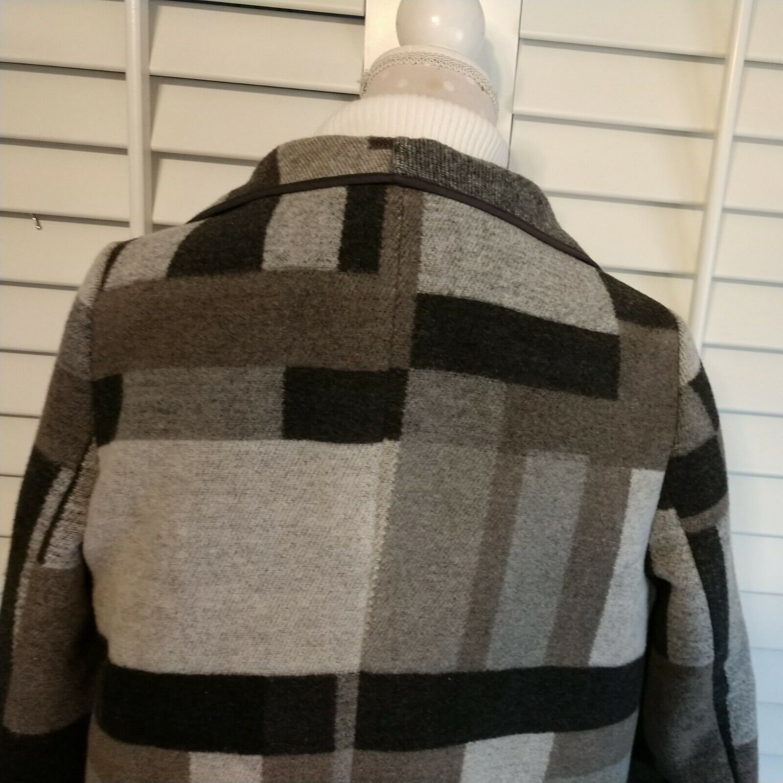 French Connection Size M Open Coat Plaid Black & … - image 10