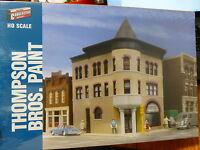 Walthers Cornerstone Ho 3460 Thompson Bros. Paint - Main Street Usa -- Kit