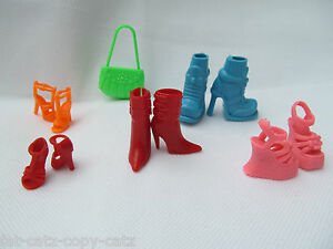 BARBIE-SINDY-DOLL-CLOTHING-ACCESSORIES-SETS-OF-HANDBAGS-5-PAIRS-SHOES-BOOTS-UK