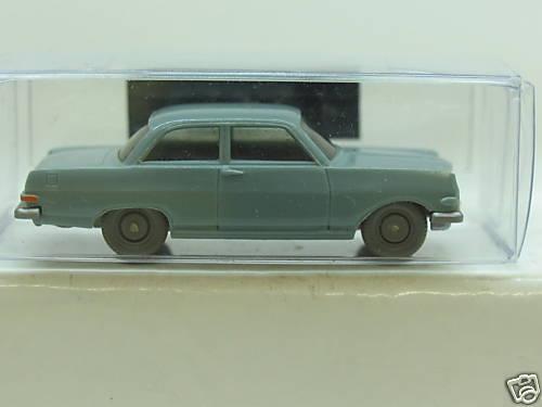 Wiking 88 1b Opel record modèle 63 r659