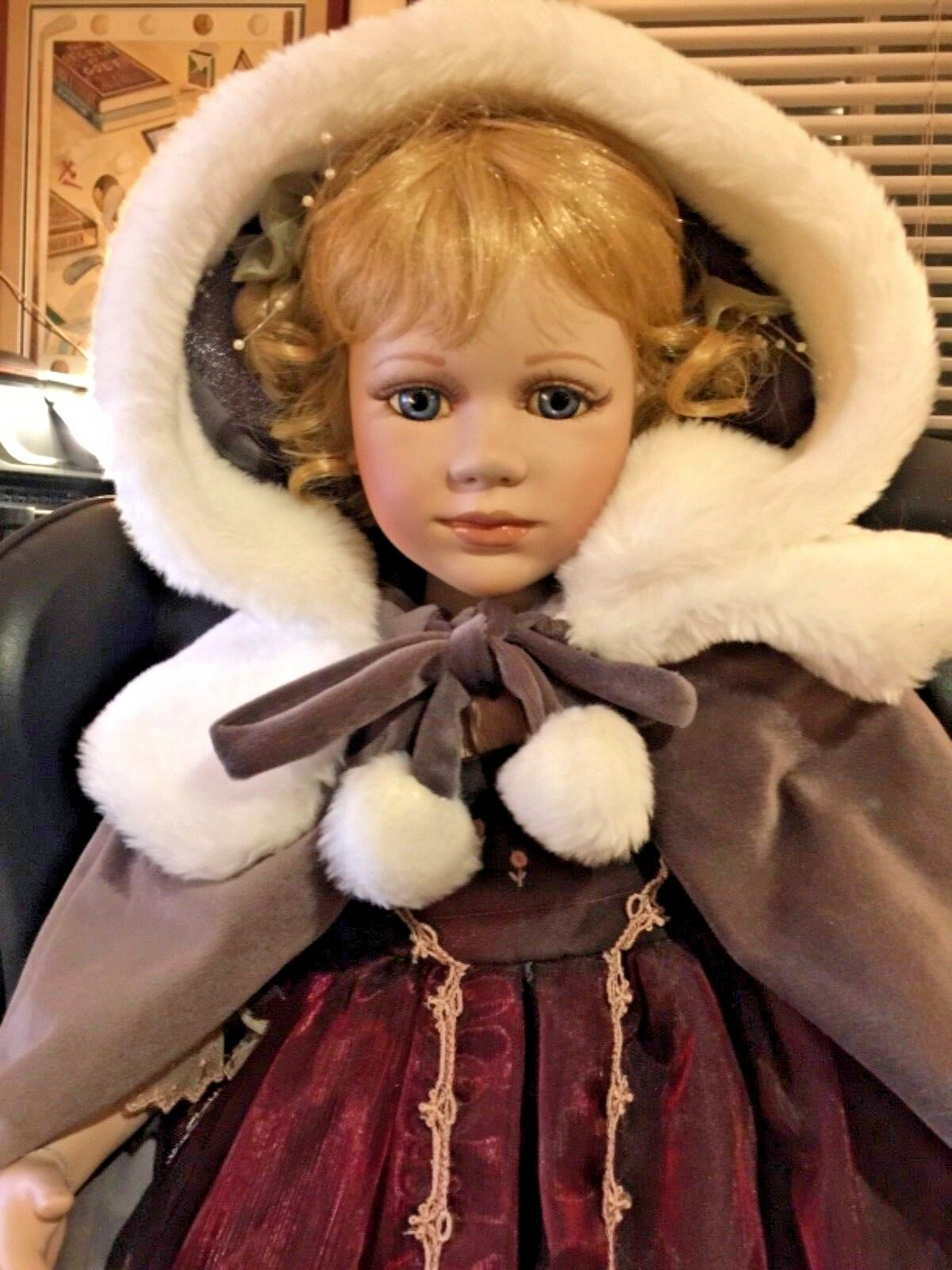 """""""Gwendolyn"""" Delton Products Victorian Porcelain Doll 694/2500 30"""" in Box 30"""" 694/2500 c5803e"""