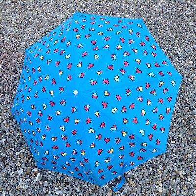 Avere Una Mente Inquisitrice Bnwts Boutique Moschino Blu Multi Cuori Ombrello, Sun Protection Uv 99%-