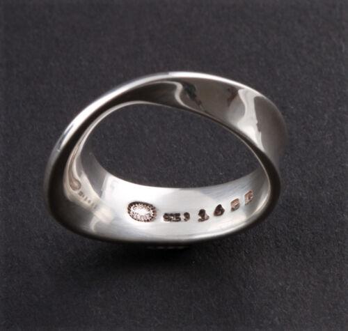 New! Vivianna Torun Modern Georg Jensen Sterling Silver Möbius Ring # 148B