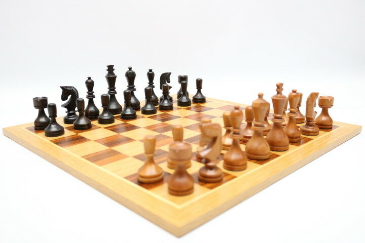 Schachspiel Brett und Figuren Staunton Marcassa Mahagoni
