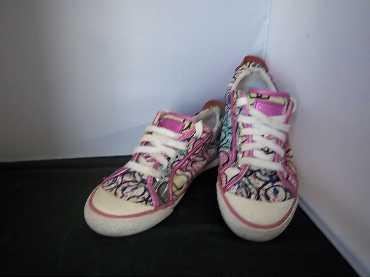 COACH - Women's - Bright Pink/Multi Colored Tennis Shoes - Women's SIZE 7 3d083c