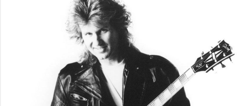 Rik Emmett of Triumph - Acoustic Duo Performance with Dave Dunlop