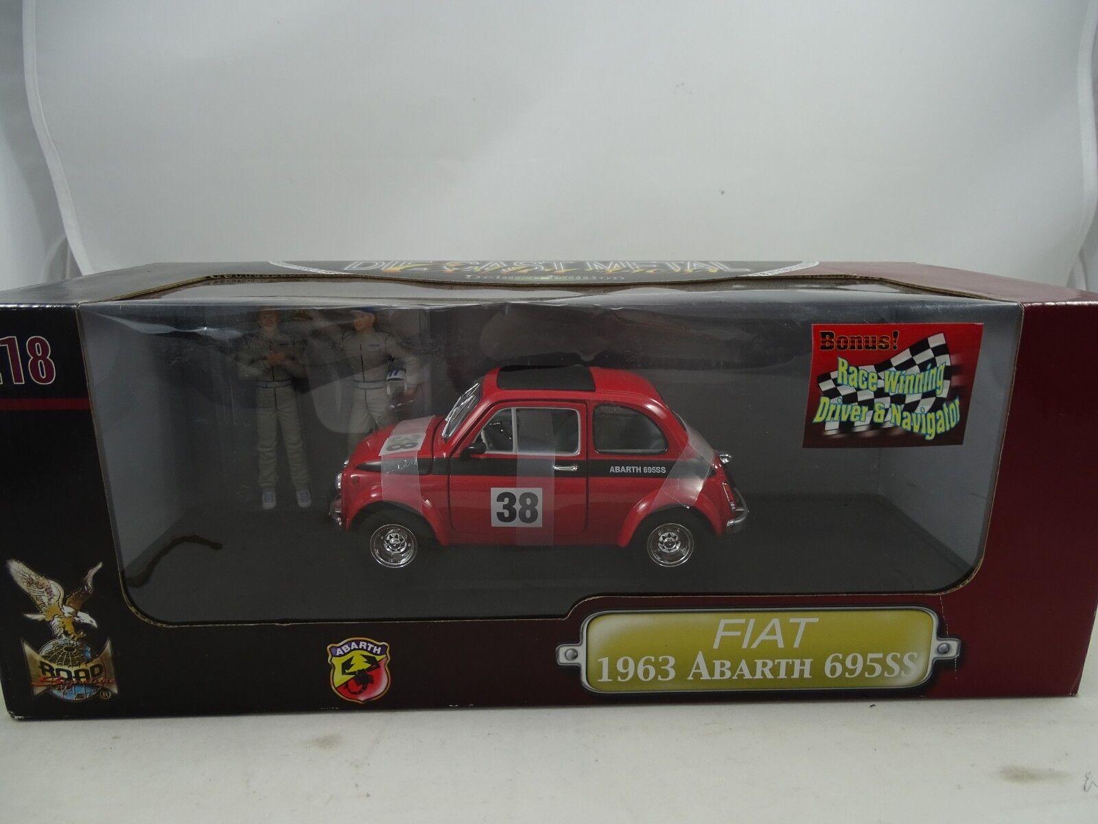 1 18  Road Signature  92338f - FIAT 1963 ABARTH 695ss  38 + figures-RARE  pour pas cher