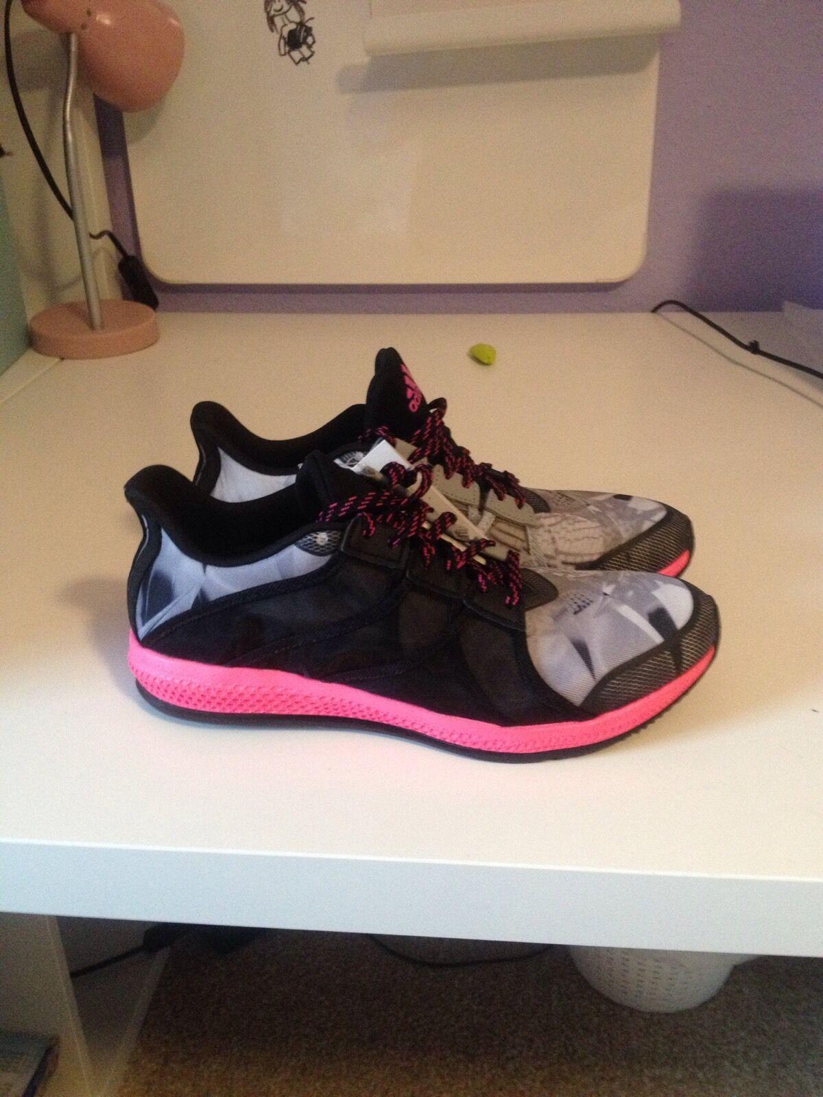 Adidas Gymbreaker Bounce Damen Trainingschuhe Gr:38 (BB3981 Neu ohne Karton
