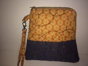 Quilted-Mini-Clutch-Bag-8-5-034-x8-5-034-Zipper-Closer-6-034-Wrist-Strap-Lined-w-pocket