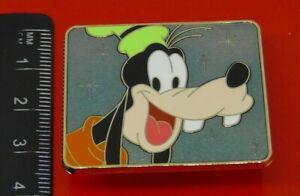 Used-Disney-Enamel-Pin-Badge-Cast-Lanyard-Series-Badge-Goofy-Disney-Store