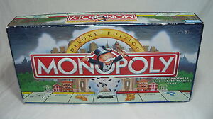 1995 MONOPOLY DELUXE EDITION COMPLETE w/ 11 GOLD TOKENS and WOOD HOUSES