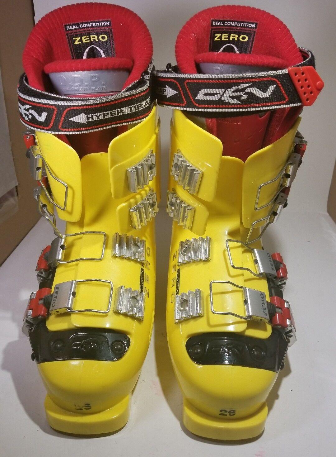 súper tila, real competencia cero botas de esquí, siete yardas.