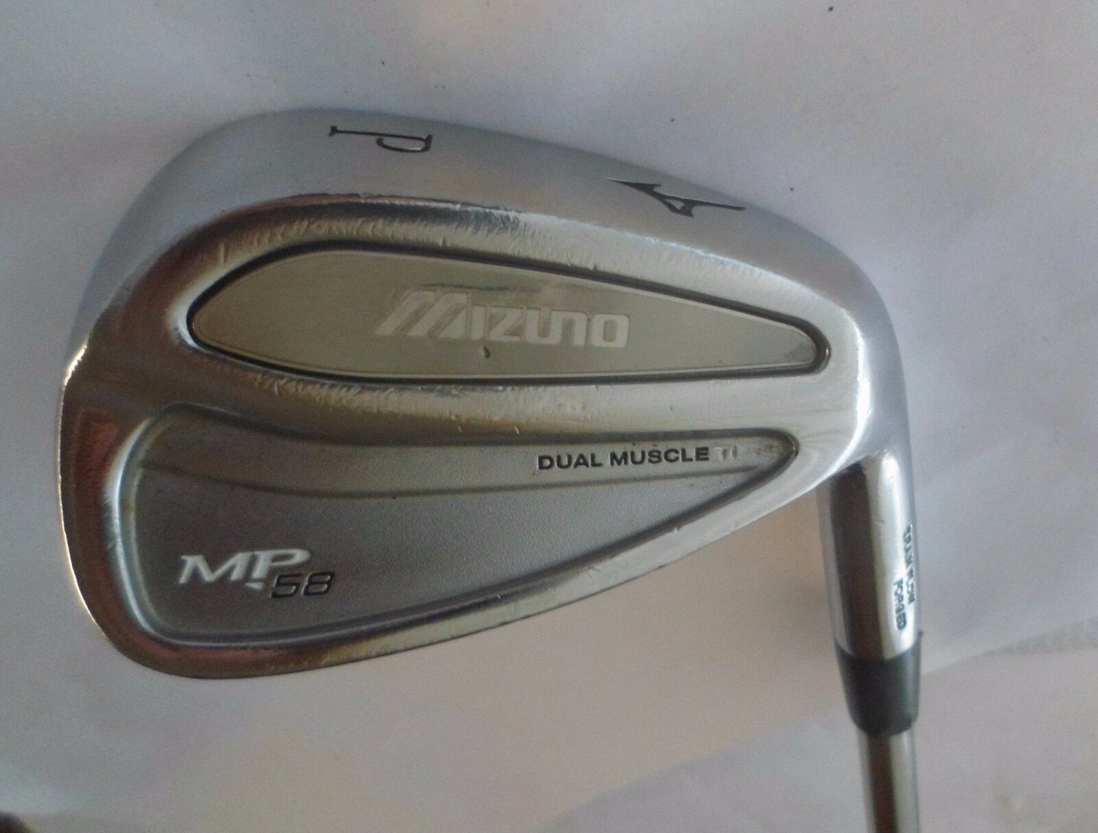 Mizuno doble  músculo TI MP-58 lanzamiento Wedge Regular Eje De Acero, empuñadura de Mizuno MP58  saludable