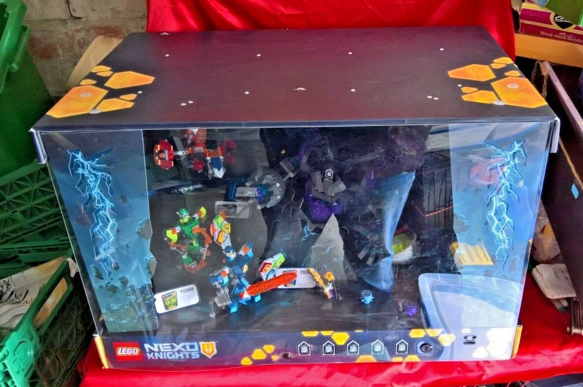 Lego Nexo Knights Display Case 70361 70362 70364 70356 Shop Display with Lights