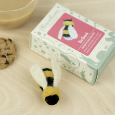 Bumble Bee Brooch Needle Felting Kit - Make Your Own - British Wool Craft Gift