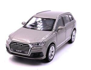 Audi-Q7-SUV-Modellino-Auto-Auto-Grigio-Argento-Scala-1-3-4-Licenza