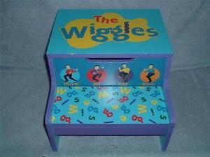 Excellent Details About The Wiggles Wooden Step Stool Storage Bin Child Kid Blue Big Red Car Gmtry Best Dining Table And Chair Ideas Images Gmtryco
