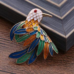 Multi-Colour-Vintage-Style-Flying-Hummingbird-Brooch