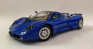 1-18-solido-PAGANI-ZONDA-C12S-blu-VINTAGE-Nuovo-di-zecca-amp-BOXED