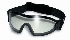 Clear-Goggles-4-Skydiving-in-free-fall-Paragliding-Aero