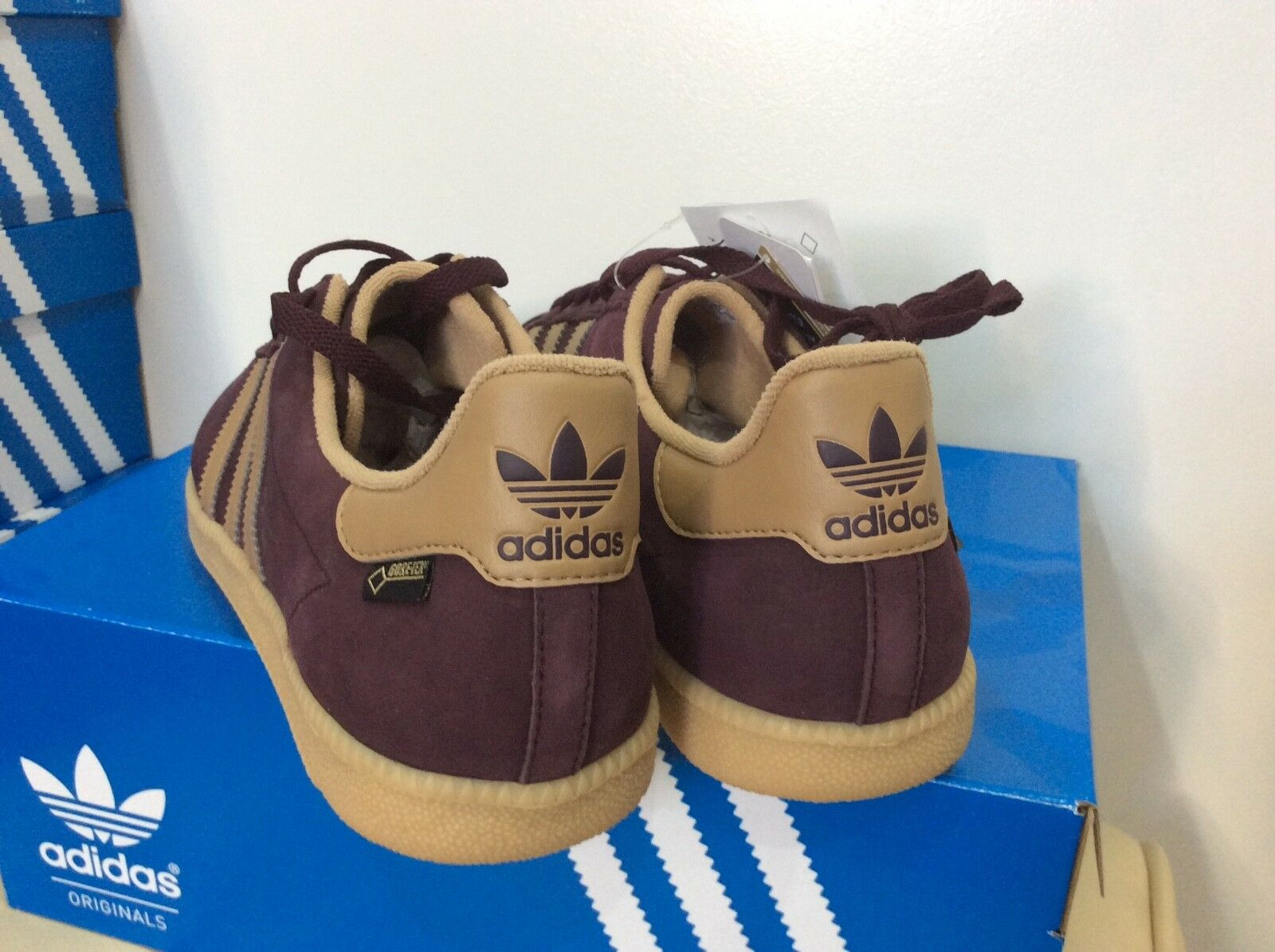 Adidas Stockholm GTX 2017, 2017, 2017, taille Gore-Tex, Brand New in Box d6340e