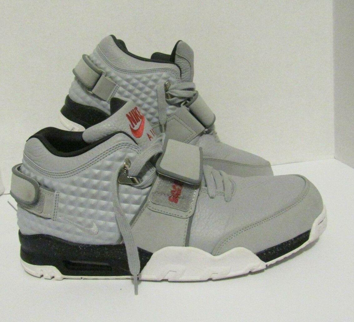 Nike Air TR. V. Cruz Wolf Grey Metallic Silver 777535-001 Size 14 Men's US
