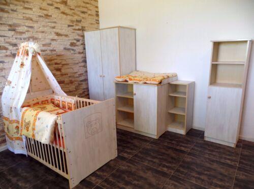 Babyzimmer Komplett Set Babybett 5Farben Schrank Kommode Regale weiß rosa Gravur