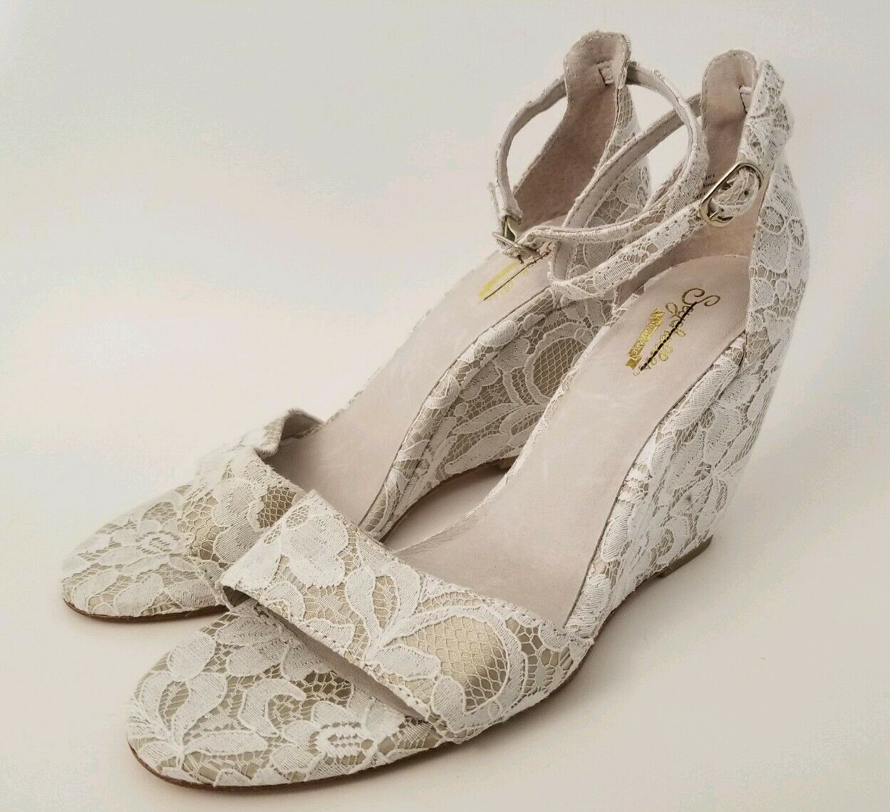 BHLDN Seychelles Phoebe Ivory Lace Wedge Heel Ankle Strap Bridal shoes 8 New