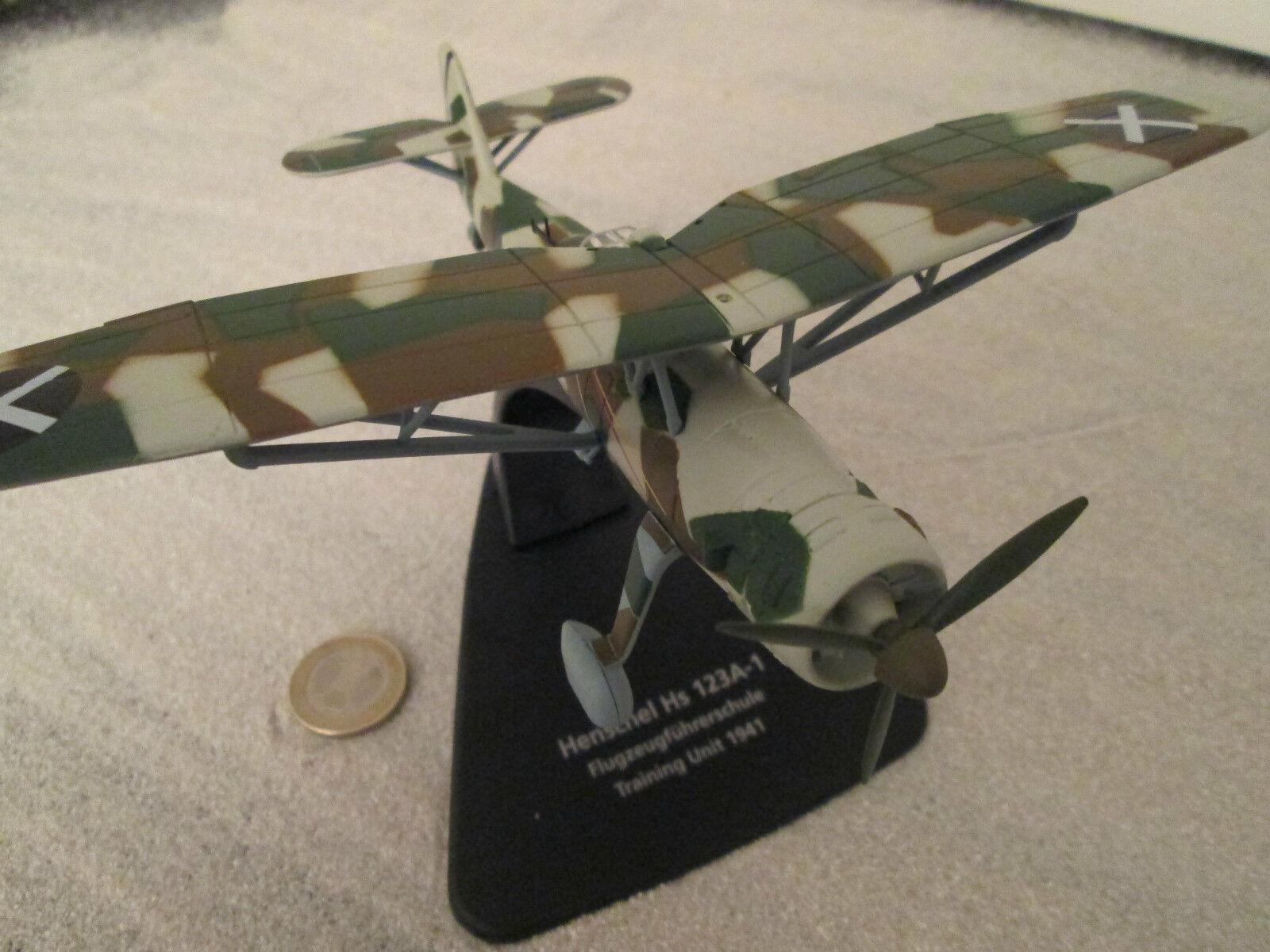 HENSCHEL HS-126 1938 Spain Oxford Metal Model 1 72   AVION   Aircraft yakair