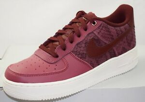 finest selection c4448 69b22 Image is loading NIKE-AIR-FORCE-1-LV8-JUNIOR-TRAINERS-BRAND-