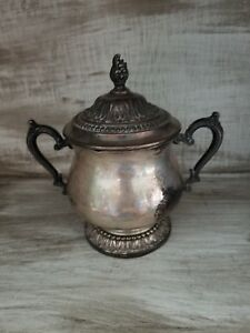 Vintage-WM-Rogers-Silver-Sugar-Bowl-Silverplate-Great-Patina
