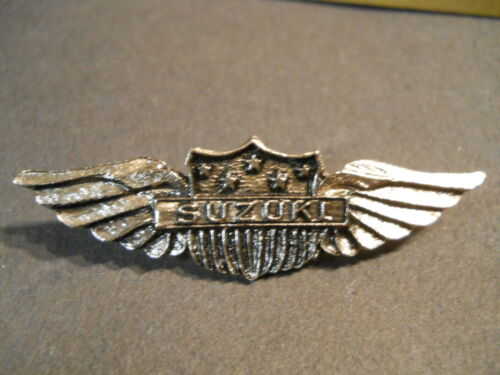Vintage Suzuki Motorcycle 5 Star Wings Shield Lapel Hat Jacket Biker Pin Japan