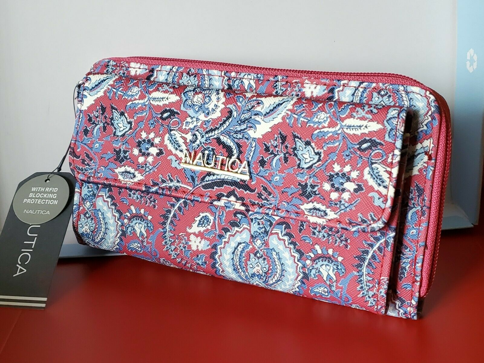 Nautica RFID Ocean Waves Front Pocket Organizer zip-around wallet Pink Paisley