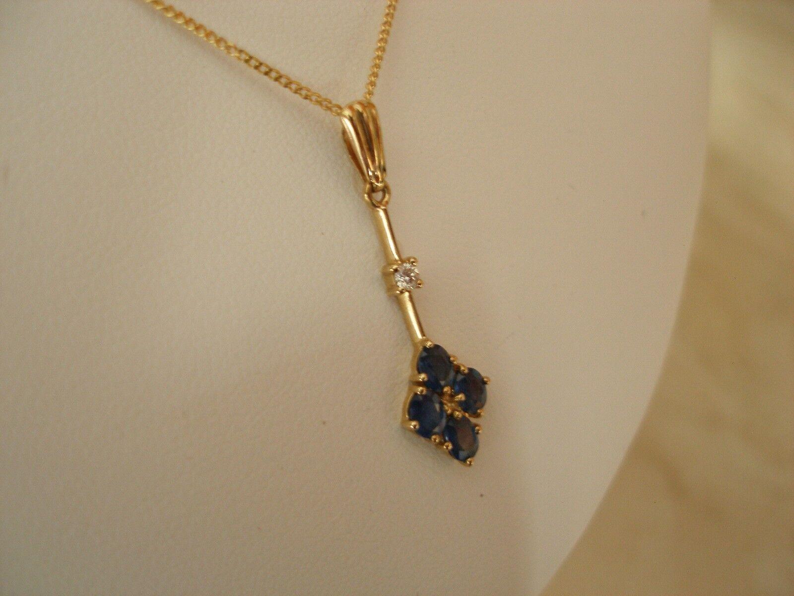 oro oro oro 9 Carati Zaffiro & Diamante Collana con pendente a goccia Made in UK & ITALIA BELLA 2342a7