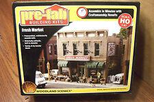 WOODLAND SCENICS PRE-FAB FRESH MARKET HO SCALE BUILDING KIT