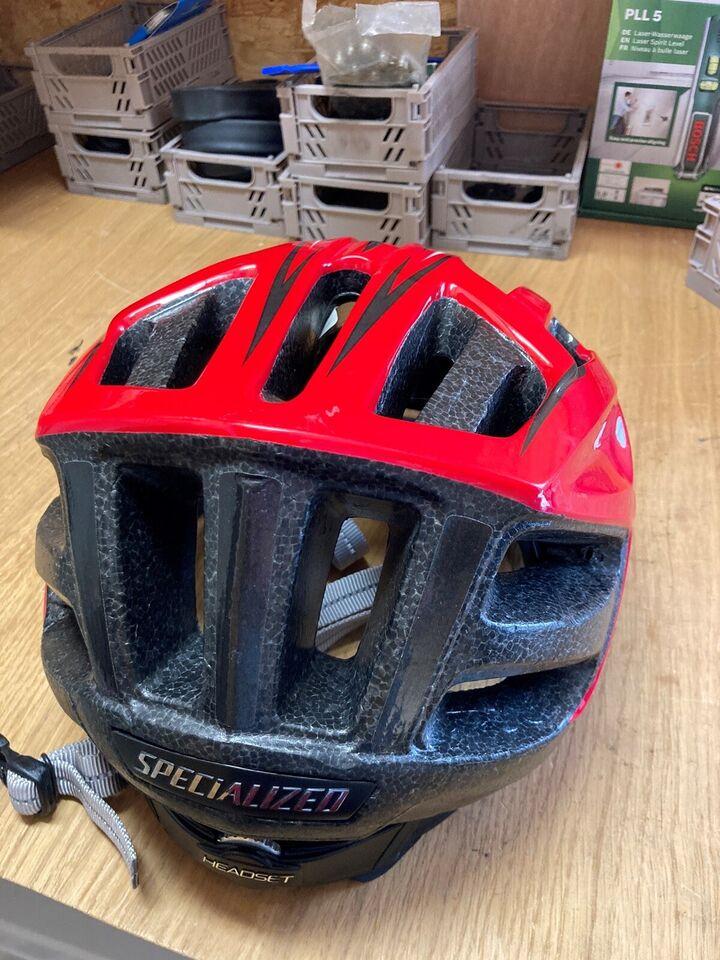 Cykelhjelm, Specialized