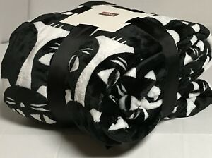 New-Ultra-Soft-Flannel-Plush-King-Size-Velvet-Cozy-Blanket-Bedspread-4-2lbs