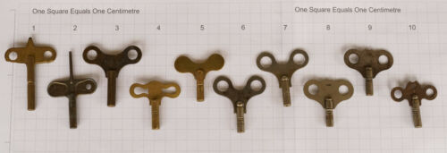 1x Vintage Antique Clock Key Sizes in the 3mm/'s and 4mm/'s  019
