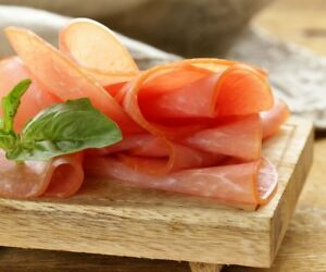 Für 4 Kilo Fleisch. €48.75/kg Pökelmischung Milder Paprika Nussschinken