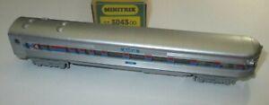 Minitrix-51-3043-00-Stromlinien-Schlusswagen-4-achsig-Observation-Car-Amtrak