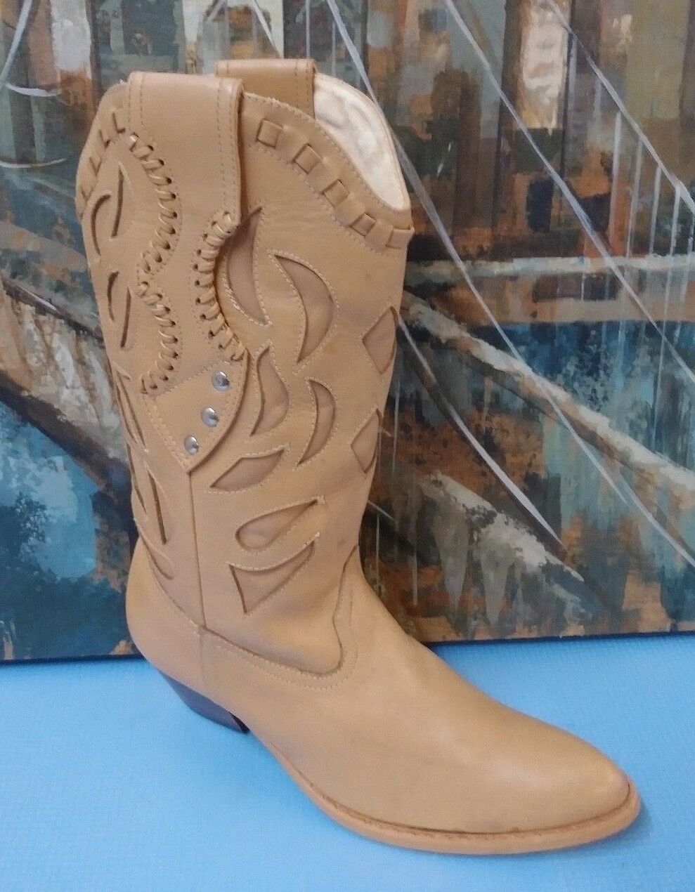 womens leather cowboy boots size 6 B
