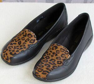 7-W-Clarks-Bayou-Women-Black-Leather-Leopard-Slip-On-Wedge-Clog-Loafer-Shoe