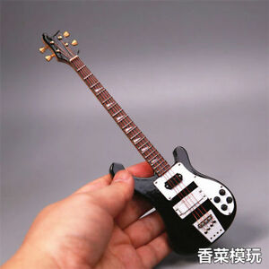 1/6 Black Electric Bass Guitar Gifts fit for 12'' Phicen JO Figure Toy