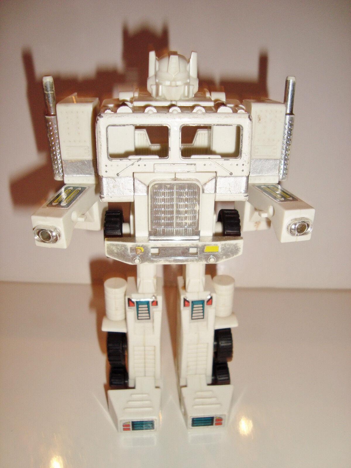 FIGURINE ROBOT TRANSFORMERS CHEF DES AUTOBOT - OPTIMUS PRIM white (17x11cm)