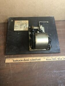 Vintage-Victor-Victrola-VV-S-215-18415-PHONOGRAPH-Motor-and-Top-Board