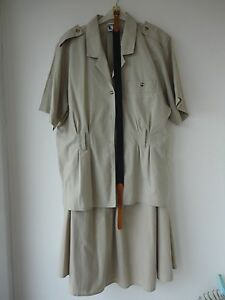 Vintage-Yessica-safari-style-suit-with-belt-size-14