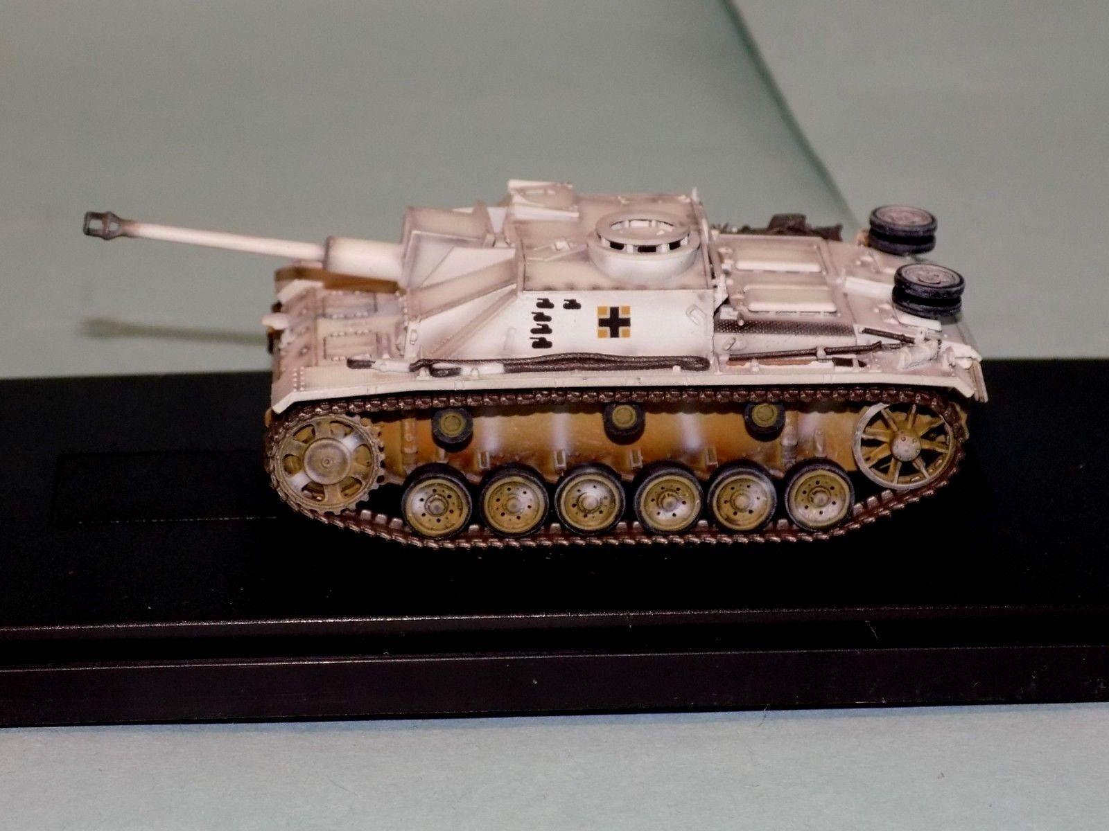 Alemán StuG III Ausf. G temprano. Prod. Ucrania 1944 World War Two armadura de dragón 60312 1 72