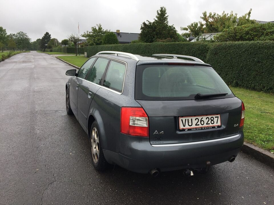 Audi A4, 2,4 170 Avant, Benzin