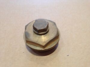 Steam-Loco-Brass-Motion-Rod-Oil-Pot-Lids-with-Vented-Filler-Plugs-1-034-BSP-Thread