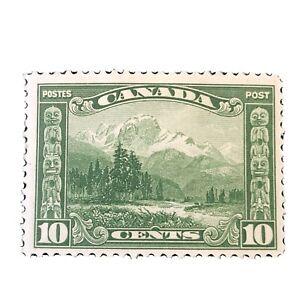 CANADA, SCOTT # 155, 10c. VALUE GREEN MOUNT HURD 1928-29 ISSUE MH